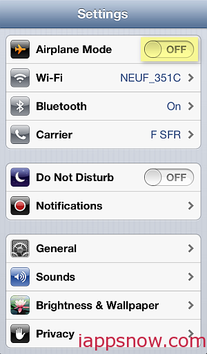 iPhone Airplane mode turn off